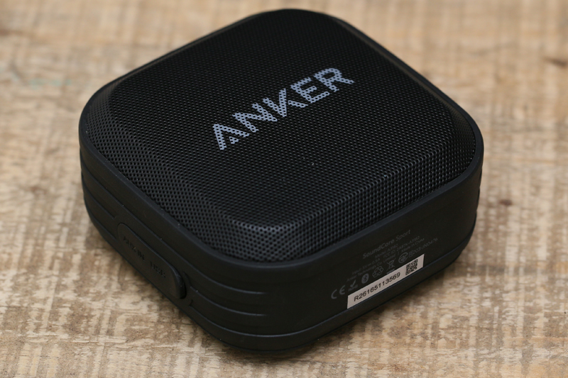 SoundCore Anker A3182011 có trọng lượng 230 g