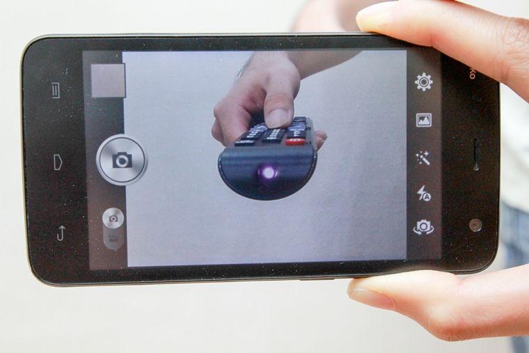 Kiểm tra remote bằng đèn tín hiệu
