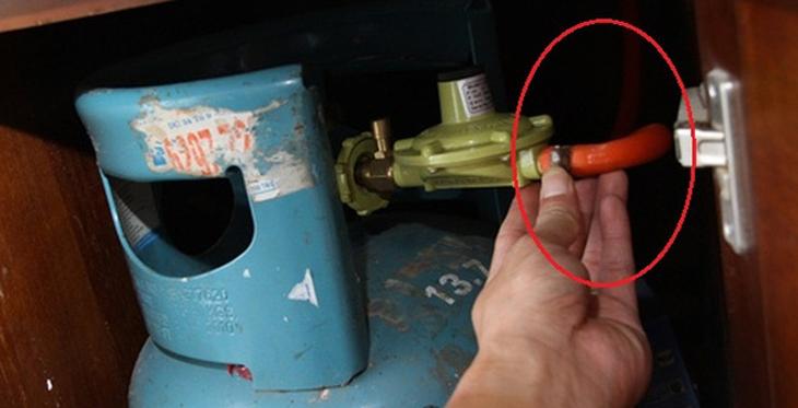 Bếp gas bị nhỏ lửa và cách khắc phục 4