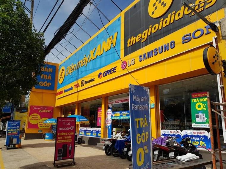 Siêu thị điện máy xanh tại Số 368A-370A  Huỳnh Tấn Phát, TT. Nhà Bè, H. Nhà Bè, TP. HCM (Đối diện nhà thờ Phú Xuân)