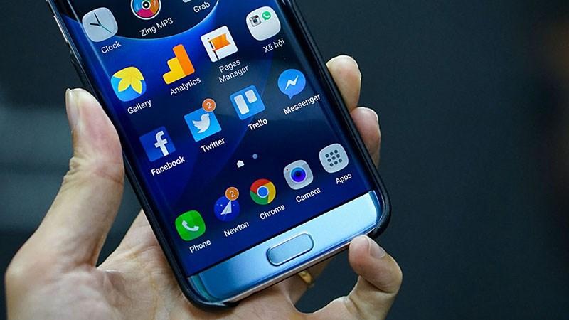 Galaxy A3 2017 chống nước, thiết kế đẹp như Galaxy S7 chuẩn bị ra mắt