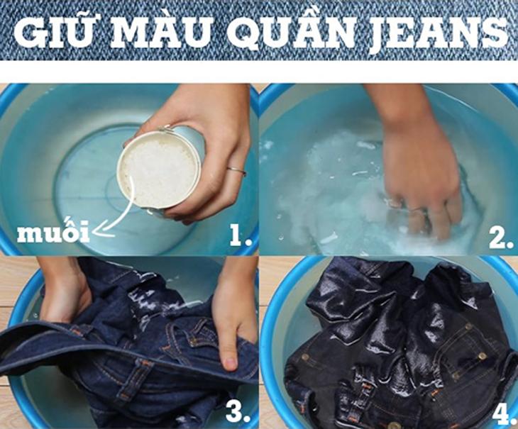 Ngâm quần jean trong nước muối