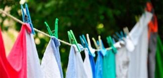 Cách giữ màu quần áo