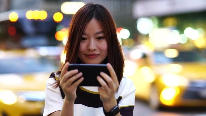 Có 5 triệu và muốn mua smartphone để chơi game? Tham khảo 3 máy này!
