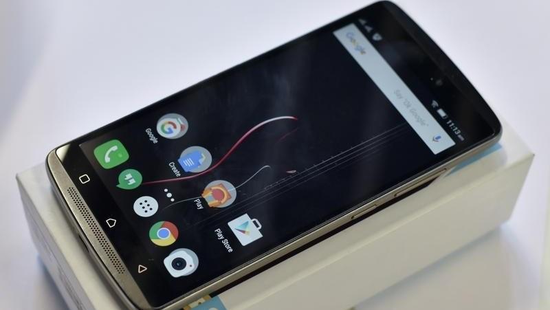 Smartphone màn hình FullHD, pin 3.300 mAh, ROM 32GB giảm giá còn hơn 3 triệu