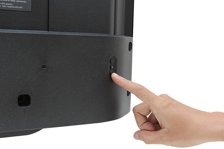 Nút bấm cứng trên tivi