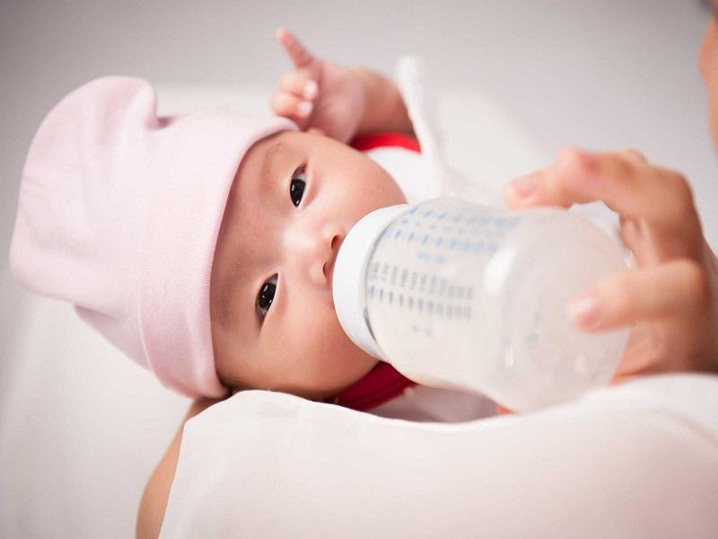 Nguyên nhân bé bị nấc cụt và cách trị nấc cụt cho bé các mẹ không nên bỏ qua