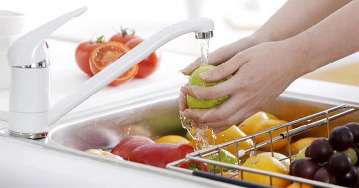 Rửa trái cây