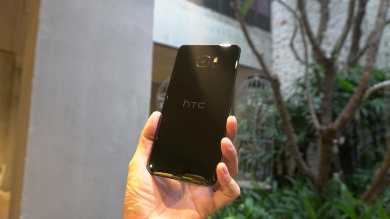 Hình ảnh trên tay bộ đôi HTC U Ultra và U Play đầu tiên tại Việt Nam - ảnh 8