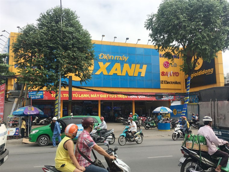Siêu thị điện máy xanh tại 1046 Quang Trung, P. 08, Q. Gò Vấp, TP.HCM (Cách ngã 3 Tân Sơn 100m hướng về Chợ Cầu)