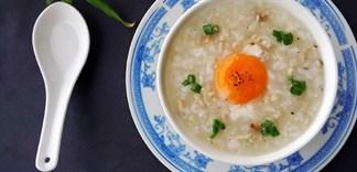 Cách làm cháo trứng cực dễ bằng cháo ăn liền
