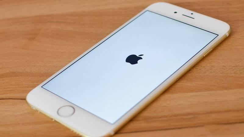"""Đoạn tin nhắn 3 kí tự này có thể khiến chiếc iPhone của bạn """"chết đứng"""", đừng thử!"""