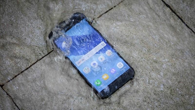 Galaxy A5 và A7 2017 đều được trang bị tính năng chống nước