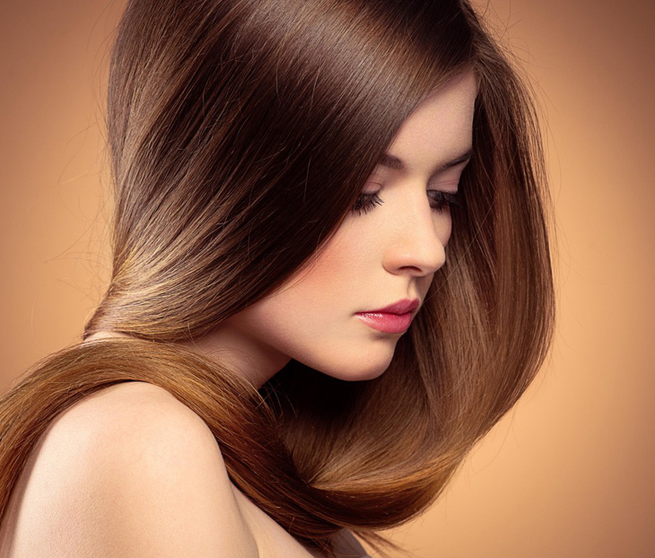 Gội đầu ngược cho tóc thêm khỏe đẹp, bồng bềnh tự nhiên