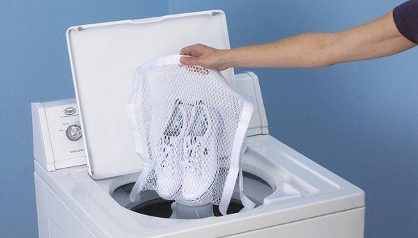 Dễ thêm bớt đồ trong khi giặt