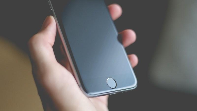 iPhone thế hệ tiếp theo sẽ sử dụng màn hình OLED của Trung Quốc?
