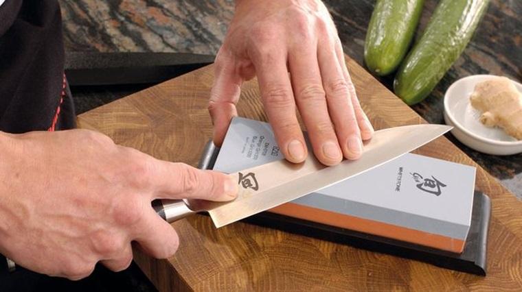 Duy trì sự sắc bén của dao