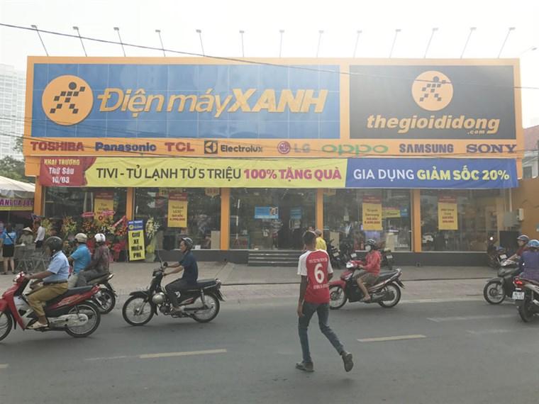 Siêu thị điện máy xanh tại 44 Lê Văn Lương, ấp 3, xã Phước Kiển, H. Nhà Bè, TP. Hồ Chí Minh