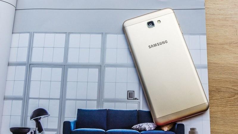 Smartphone tầm trung bán chạy nhất hiện nay được giảm giá
