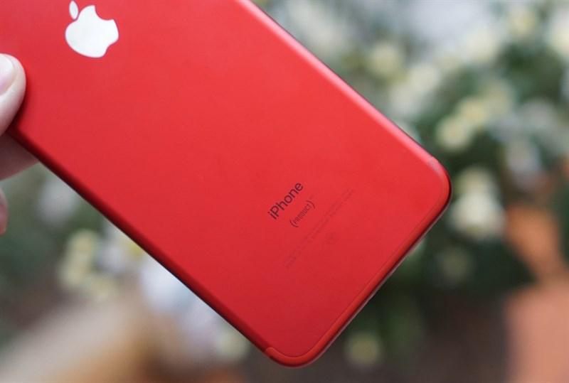 Bộ ảnh Trên Tay Iphone 7 Plus Với Màu đỏ đẹp Hút Hồn