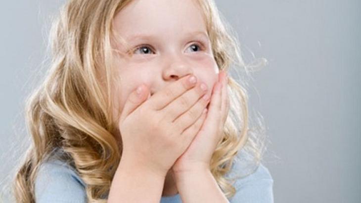 Bé có thể từ chối đánh răng vì không thích kem đánh răng