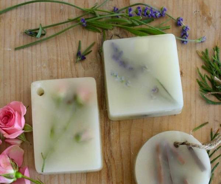 Nên chọn sáp thơm mùi hương dịu nhẹ