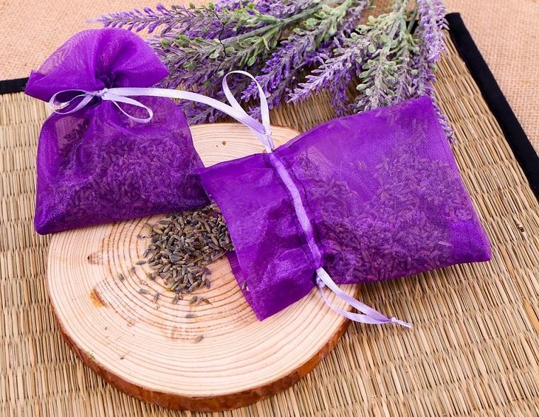 Túi thơm giúp khử sạch mùi trong không khí