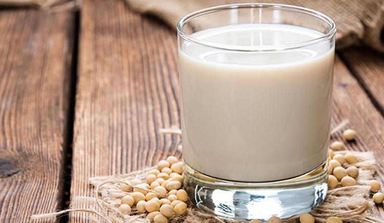 Sữa đậu nành có tốt không? Cần lưu ý gì khi uống sữa đậu nành