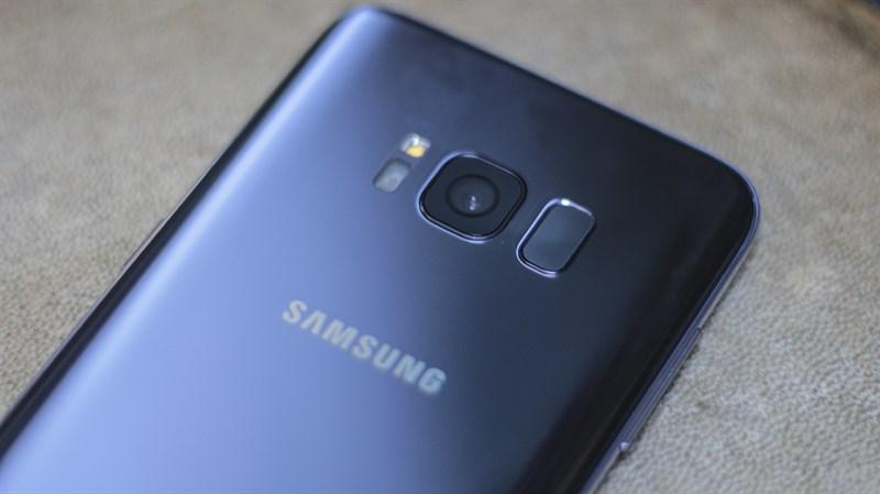 Camera mặt sau trên điện thoại Samsung Galaxy S8