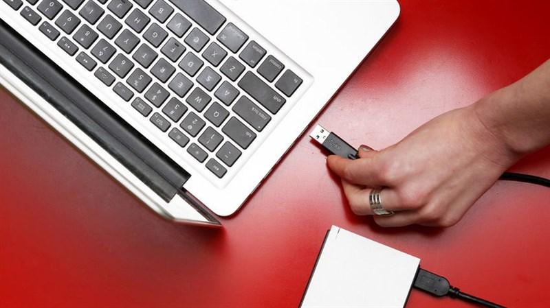 9 lưu ý khi sử dụng pin cho laptop Để tránh bị chai pin