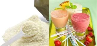 Có nên trộn sữa bột vào sinh tố cho bé không?