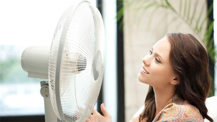 Những thói quen sử dụng quạt làm bạn dễ bệnh trong mùa nóng