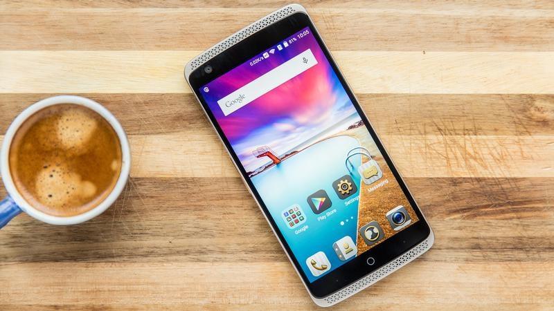 ZTE Axon 7S: Camera kép, Snapdragon 821, RAM 6 GB hỗ trợ Google Daydream