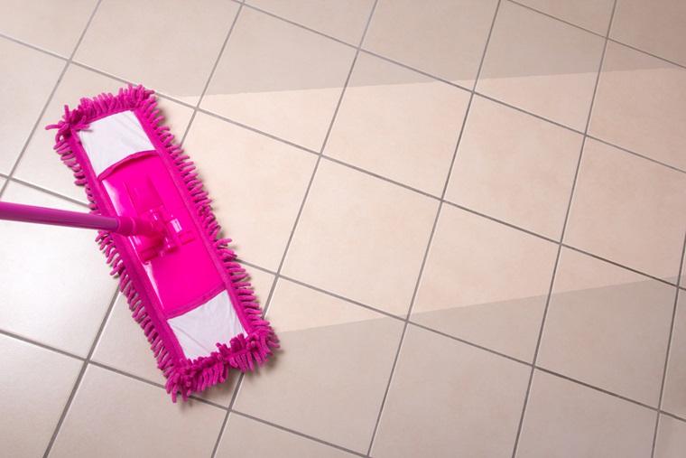 Mẹo làm sạch sàn nhà bằng gạch men với bột làm bánh