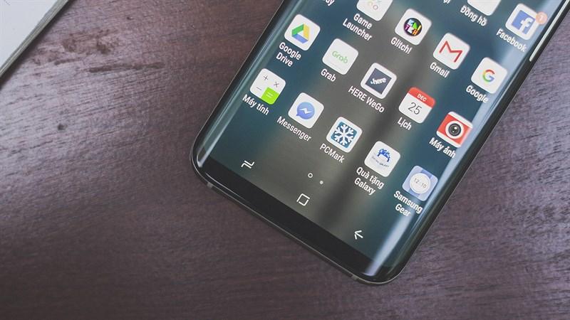 Phím điều hướng trên điện thoại Samsung Galaxy S8 Plus