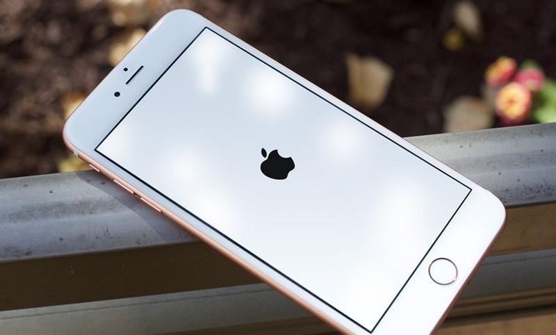 khởi động iphone