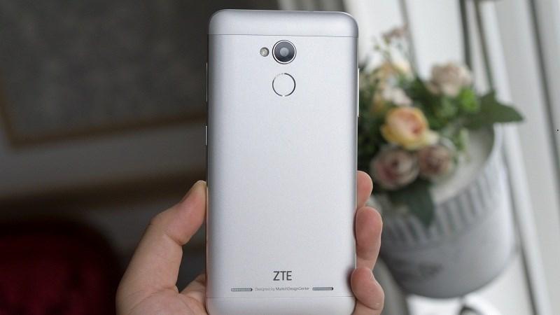 Đây là chiếc smartphone 2 triệu có bộ nhớ trong lớn nhất hiện nay