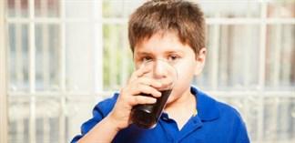 Uống nước ngọt có gây bệnh tiểu đường ở trẻ?