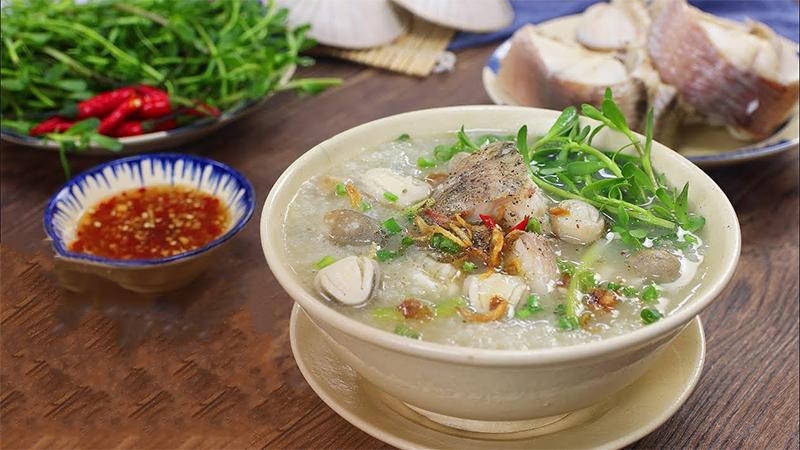 Cách nấu cháo cá lóc rau đắng đậm chất miền Tây