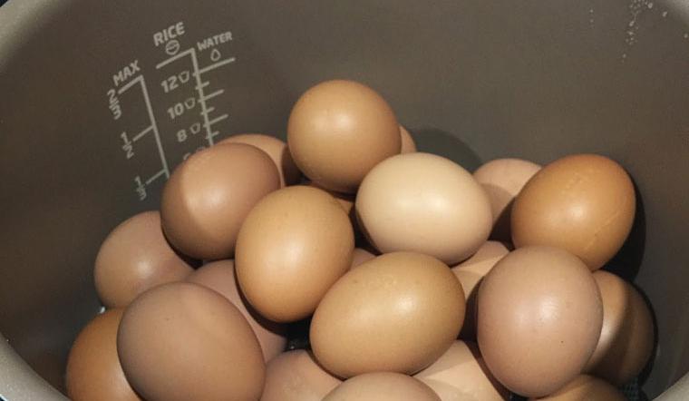 Mách bạn 2 cách luộc chín trứng mà không cần nước