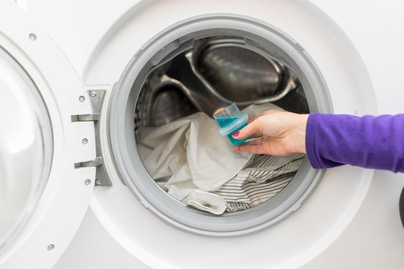 Phân biệt nước giặt hữu cơ và nước giặt thông thường