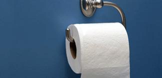 Tác hại khi dùng giấy vệ sinh giá rẻ bạn nên biết trước khi quá trễ