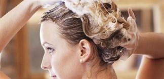 Nguy hiểm cho tóc khi gội đầu bằng xà bông cục