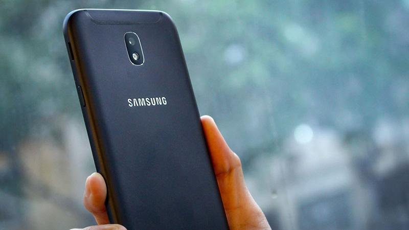 Samsung Galaxy J7 Pro chuẩn bị bán ra, chúng ta có nên mua hay không?