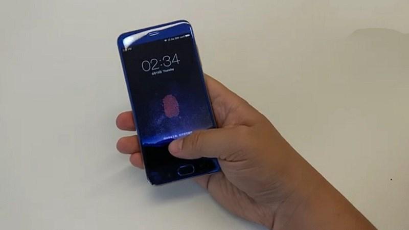 Liệu Xiaomi Mi 6 có đi trước Galaxy S8 và iPhone 8 với vân tay nhúng vào màn hình? - ảnh 1