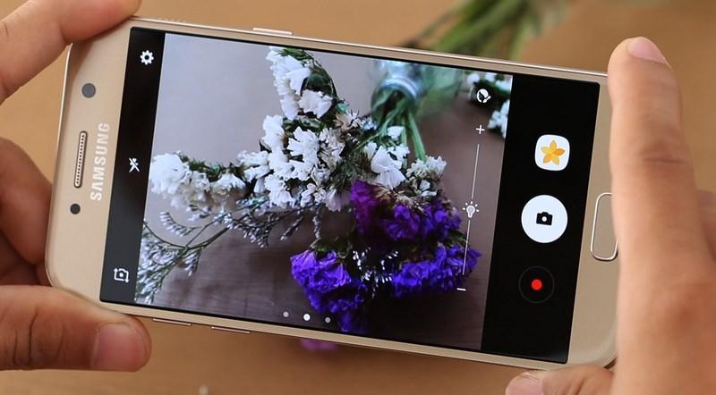 Galaxy A5 2017 chống nước IP68, thiết kế đẹp như S7, USB-C vừa giảm giá tiền triệu - ảnh 1
