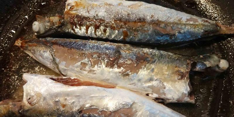 Cách kho cá nục ngon như cá đóng hộp
