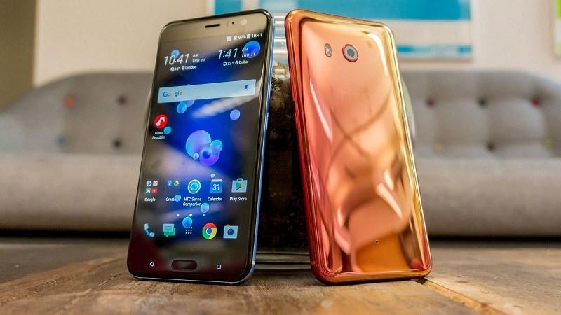 HTC U11 có thời lượng pin vượt mặt Galaxy S8+, LG G6, Huawei P10, Google Pixel - ảnh 1