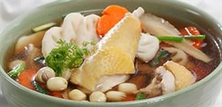 Cách nấu gà hầm hạt sen thơm ngon bổ dưỡng