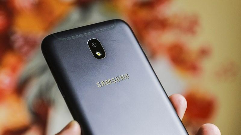 Galaxy J7 Pro là chiếc smartphone giá tốt nhất có camera trang bị khẩu lớn F/1.7